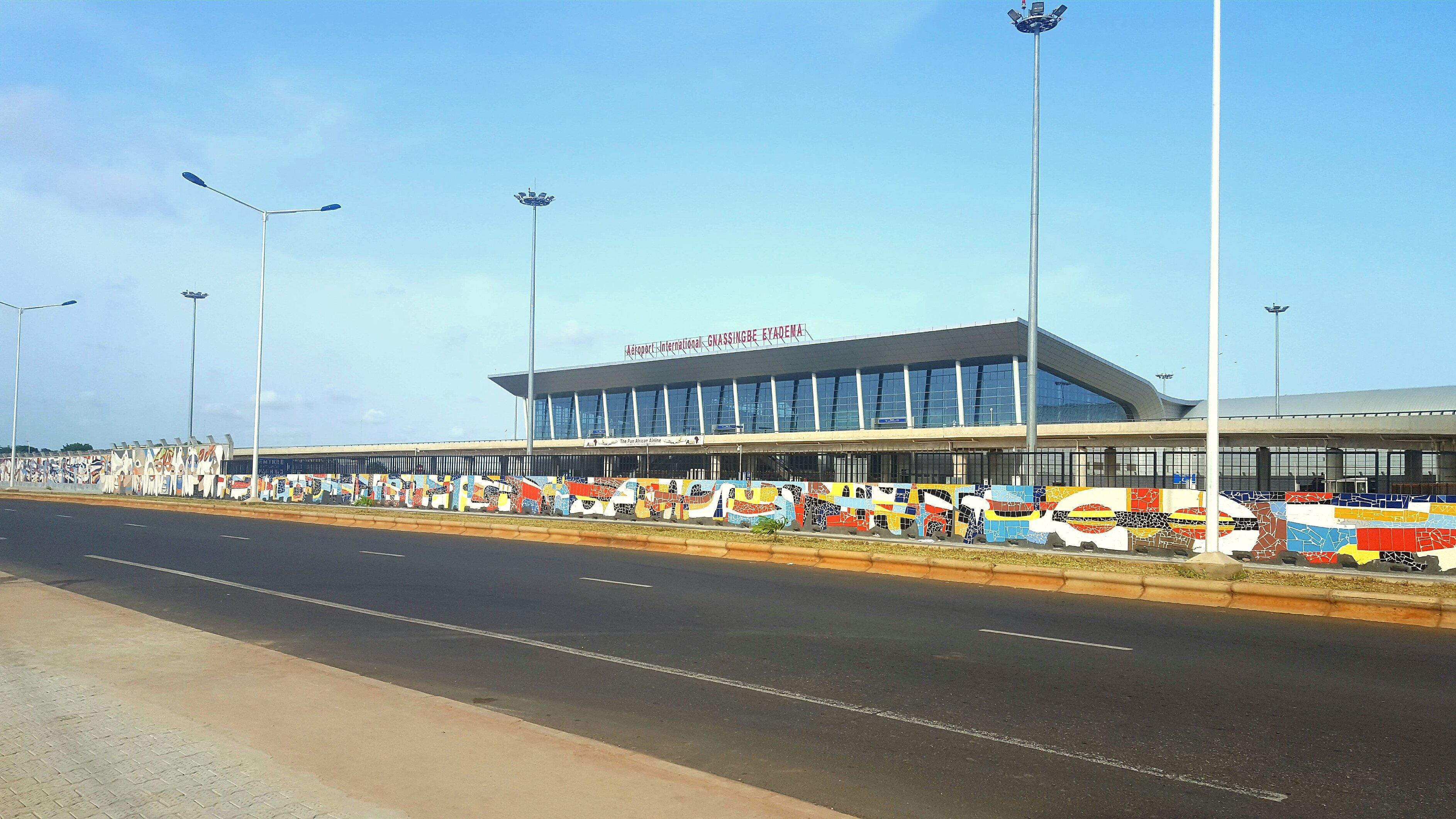 Lomé–Tokoin International Airport (4)