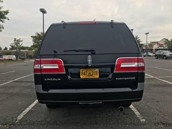 2008 Lincoln Navigator-L- Clean Carfax, 4WD, DVD, Camera, Tow5