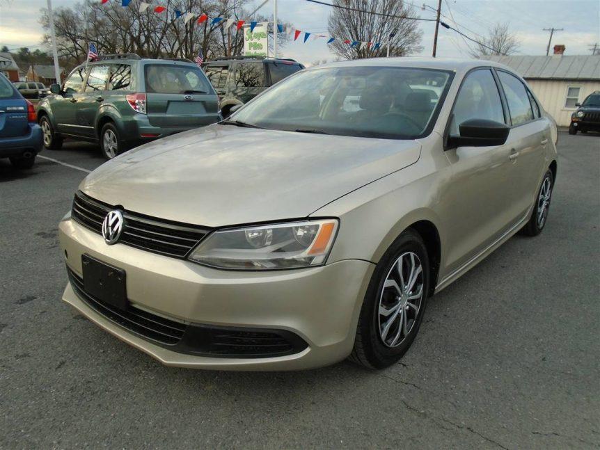 2014 VW (Volkswagen) JETTA S